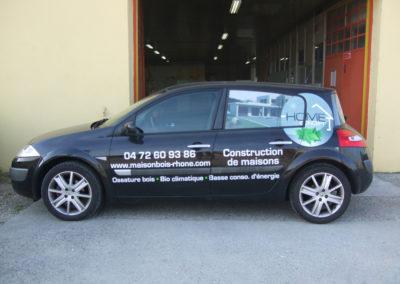 Véhicules - Publicité Décor - Pose d'enseignes, signalétique, totems, adhésifs sur véhicules